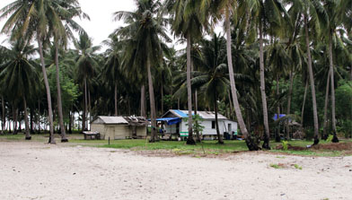 Pulau Sambar Gelap, Kalimantan Selatan, Jhonlin Group, H Isam, h-isam