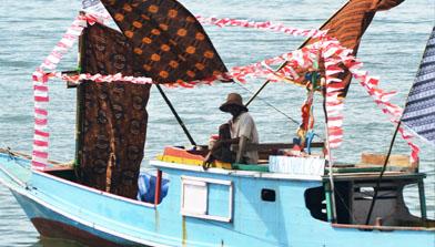 Kapal Hias, Pesta Adat Mappanretasi, Jhonlin Group, Kalimantan Selatan, H Isam, h-isam