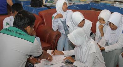 Jhonlin Group, Kalimantan Selatan, Batulicin, CSR, Dana Prestasi,  Isam, h-isam