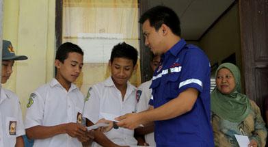 Jhonlin Group, Kalimantan Selatan, Batulicin, CSR, Bantuan Prestasi, H Isam, h-isam