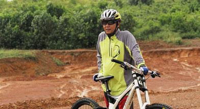 Jhonlin Group, PT. Jhonlin Agromandiri, Kalimantan Selatan, Hobbie, h isam