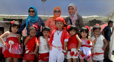 Jhonlin Group, TK Jhonlin Pertiwi, Lomba mewarnai, KFC Batulicin, Kalimantan Selatan, h isam