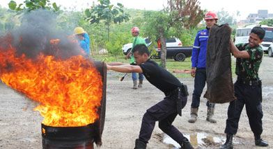 Jhonlin Group, Jhonlin Fire and rescue team, SHE, Kalimantan Selatan, Tanah Bumbu, h isam