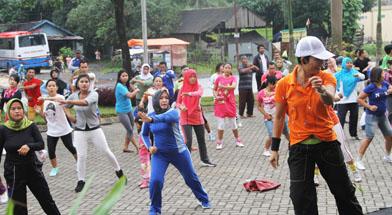 Jhonlin Group, Jhonlin fitnes, Senam Jantung sehat, Kalimantan Selatan, Batulicin, h isam