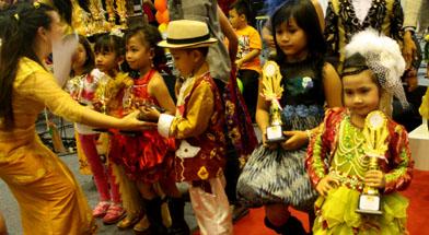 Jhonlin Group, TK Jhonlin Pertiwi, Kalimantan Selatan, Batulicin, Hari Kartini, h isam