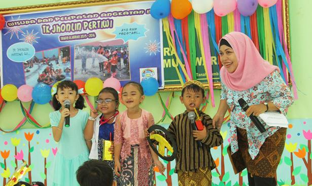 Jhonlin Group, TK Jhonlin Pertiwi, Batulicin, Tanah Bumbu, Kalimantan Selatan, Wisuda TK