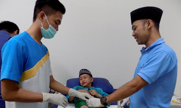 Jhonlin Group, JhonlinMagz, Sunatan Massal, Rumah Sakit Marina Permata, Batulicin, Tanah Bumbu, Kalimantan Selatan, Bakti Sosial