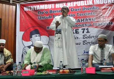 Renungan Malam Memperingati HUT RI oleh Karyawan Jhonlin Group