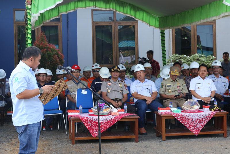 Jhonlingroup_upacara_bulanK32017_nasional_007