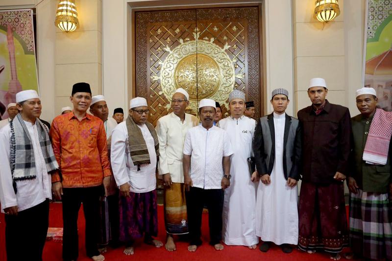 Batulicin, Tanah Bumbu, Kalimantan Selatan, h isam, h isam batulicin, h isam jhonlin
